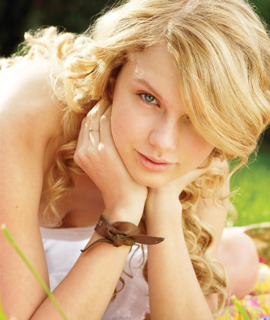 Taylor Swift No Makeup Hate Wait